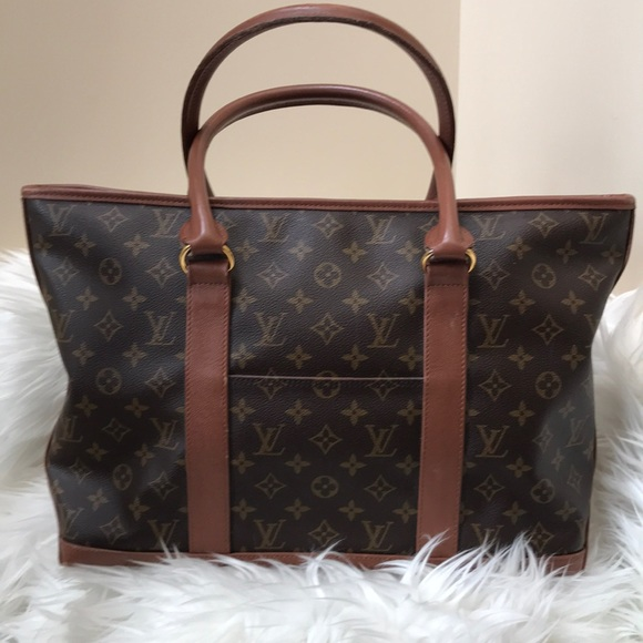 46ad6271f47 Louis Vuitton Handbags - VINTAGE Louis Vuitton weekend sac tote